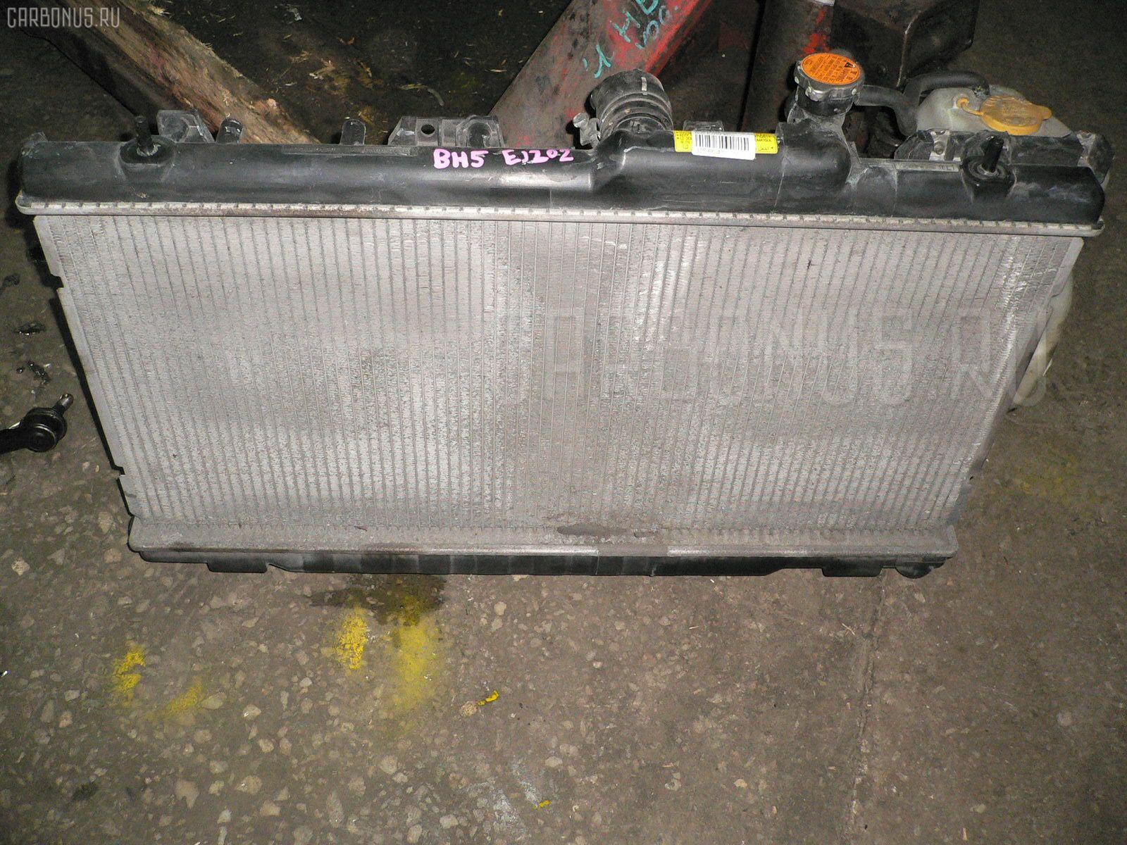 Радиатор ДВС SUBARU LEGACY WAGON BH5 EJ202. Фото 3