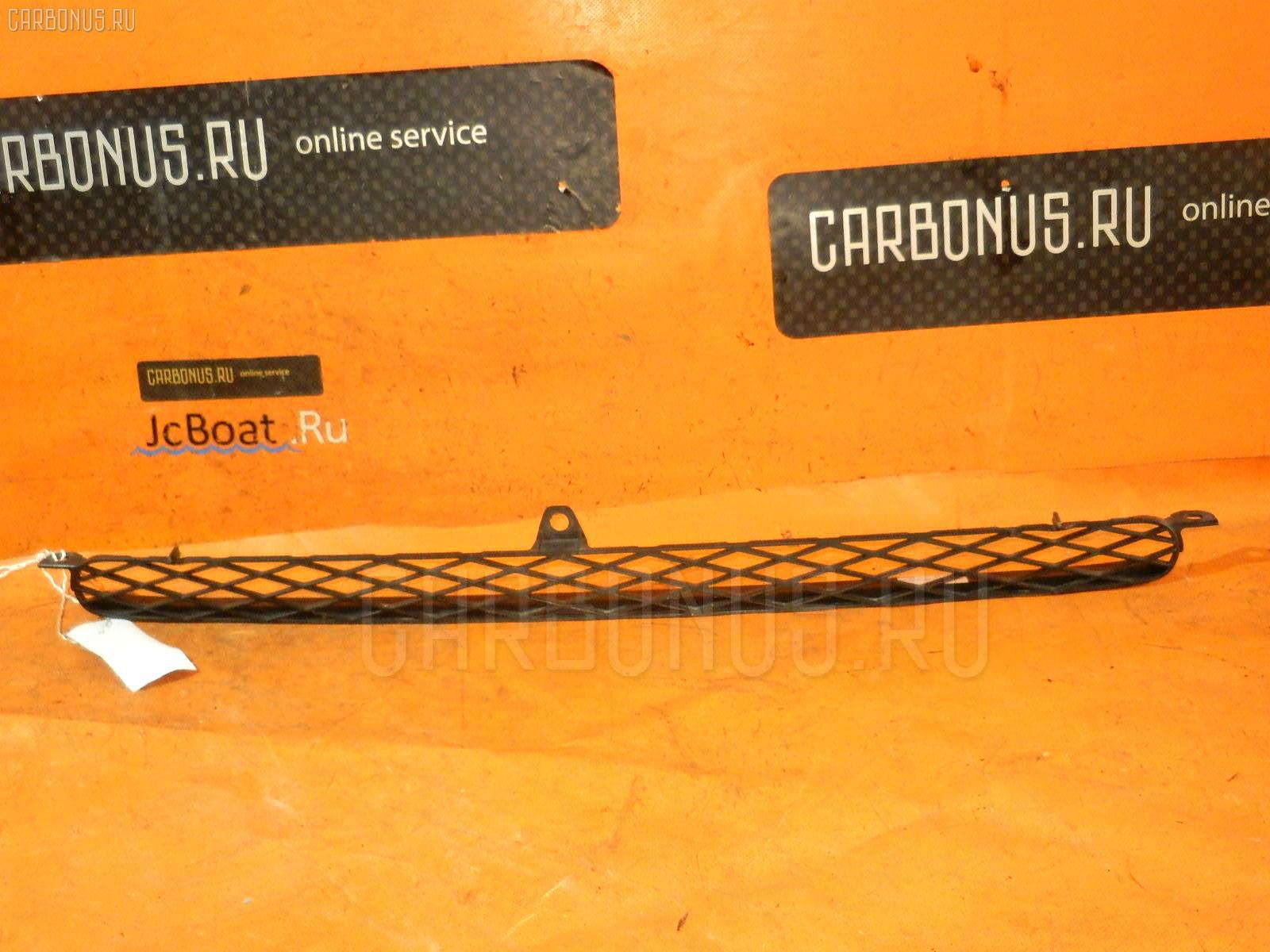 Решетка радиатора TOYOTA FUNCARGO NCP20. Фото 5