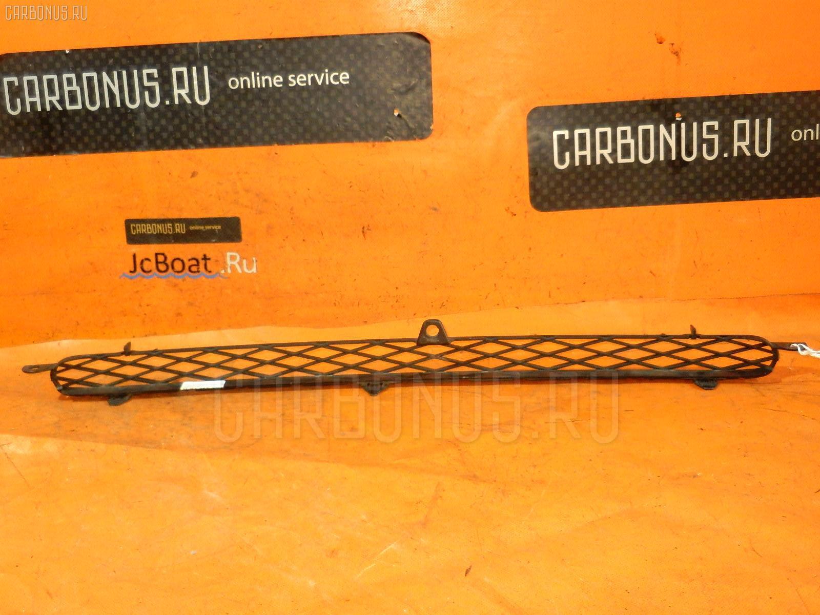 Решетка радиатора TOYOTA FUNCARGO NCP20. Фото 6
