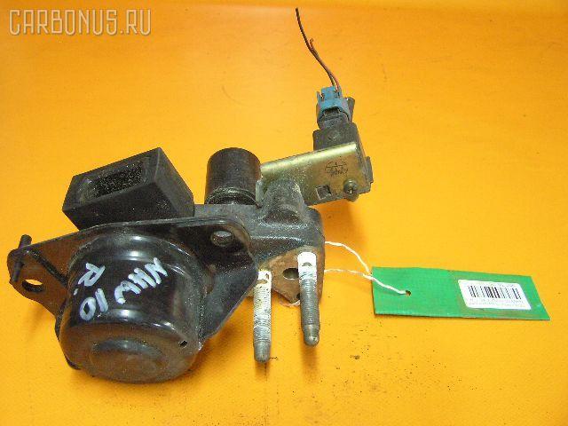 Подушка двигателя TOYOTA PRIUS NHW10 1NZ-FXE Фото 1