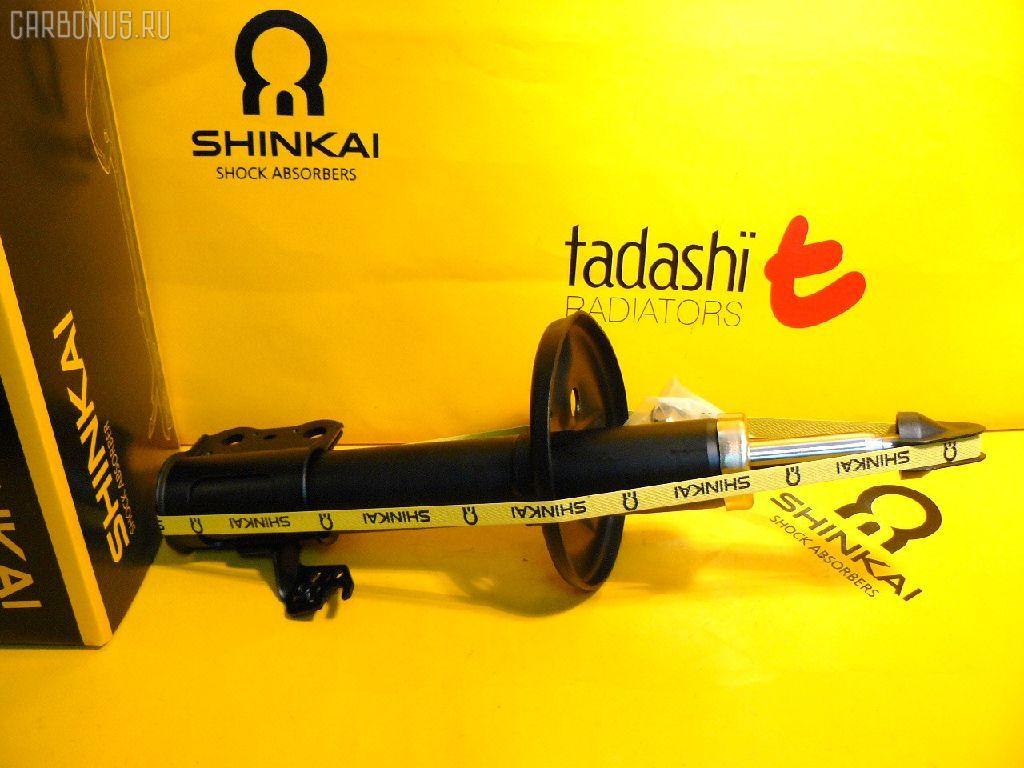 Стойка амортизатора Toyota Ipsum SXM10G 3S-FE Фото 1