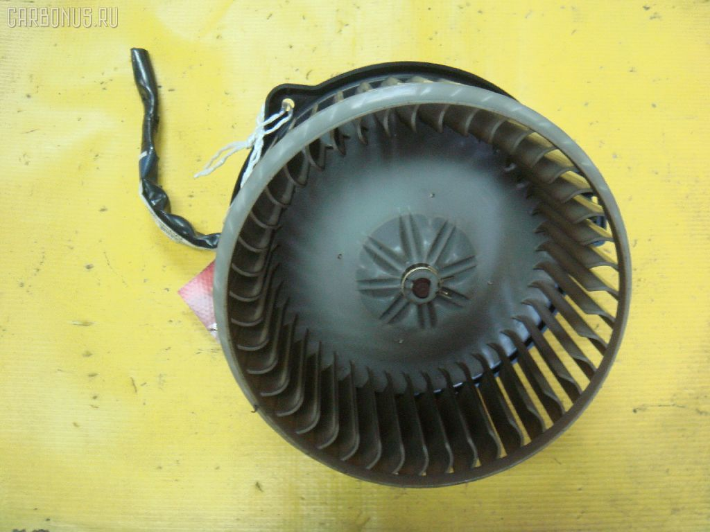 Мотор печки TOYOTA IPSUM ACM26W. Фото 3