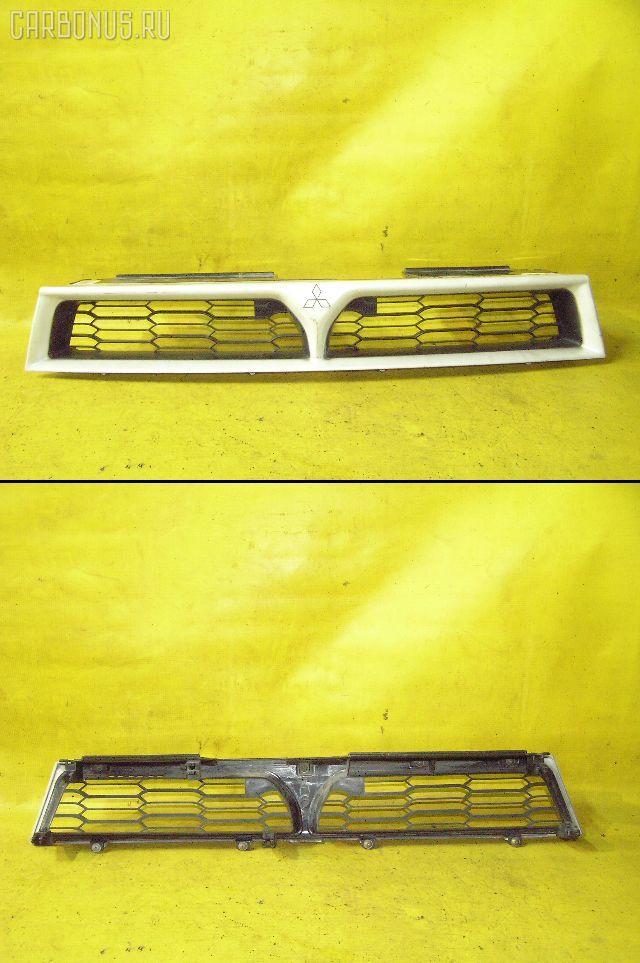 Решетка радиатора MITSUBISHI GALANT EA1A. Фото 8
