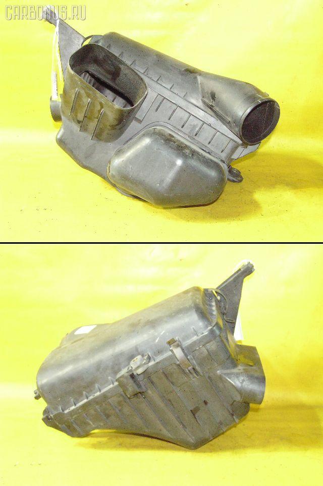 Корпус воздушного фильтра TOYOTA JZX100 1JZ-GE. Фото 10