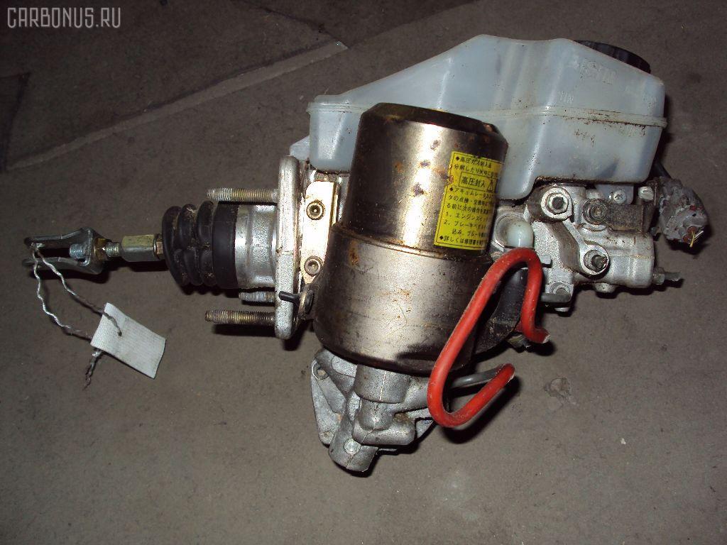 Главный тормозной цилиндр TOYOTA PROGRES JCG11 2JZ-FSE. Фото 1