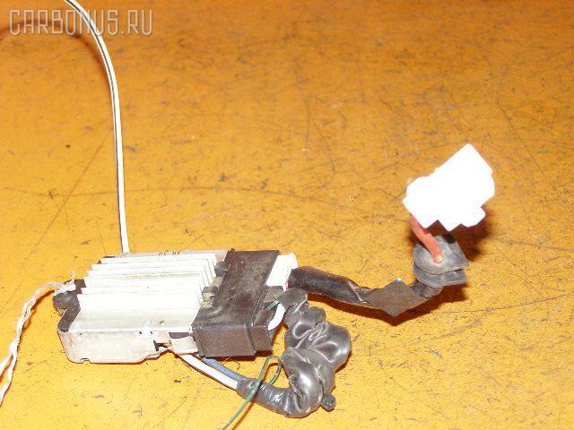 Регулятор скорости мотора отопителя TOYOTA CROWN GS151 1G-FE Фото 1