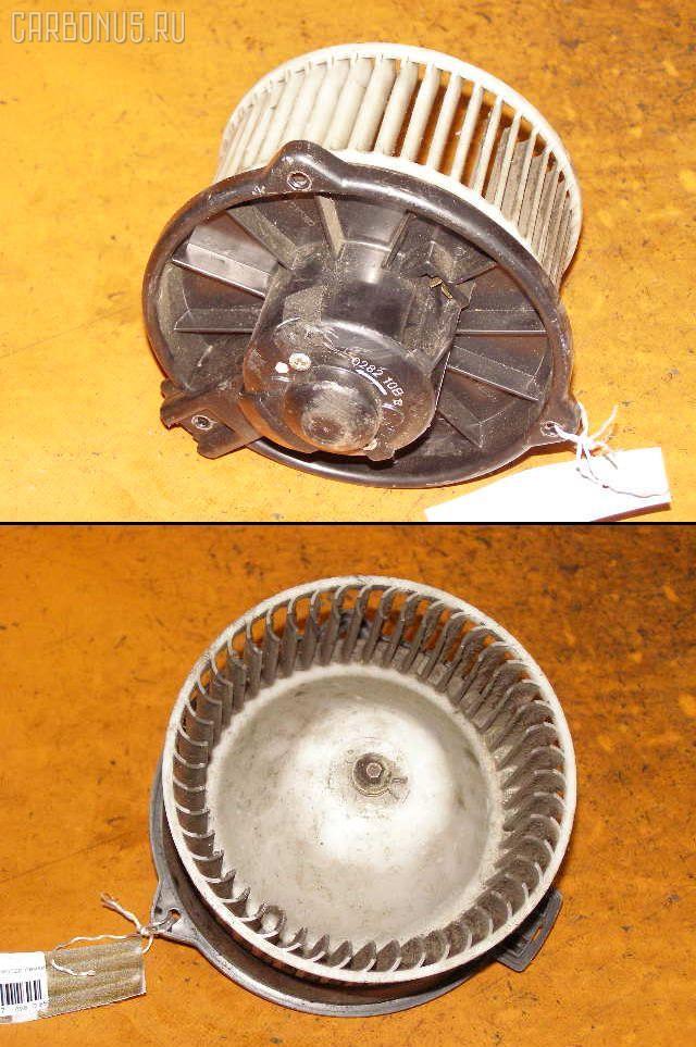 Мотор печки TOYOTA HIACE KZH106G. Фото 5