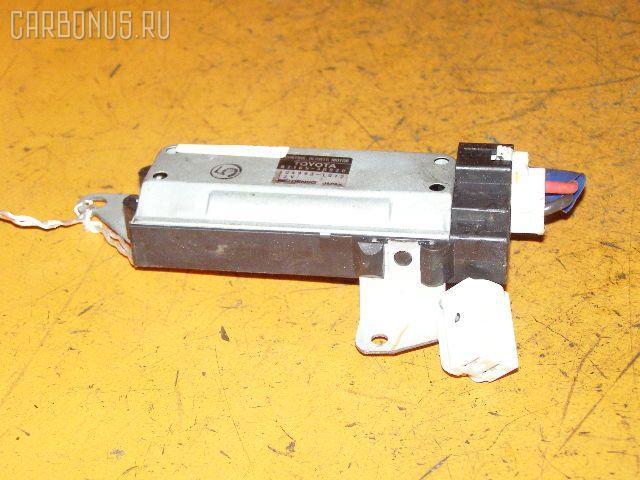 Регулятор скорости мотора отопителя TOYOTA CROWN JZS141 1JZ-GE Фото 1