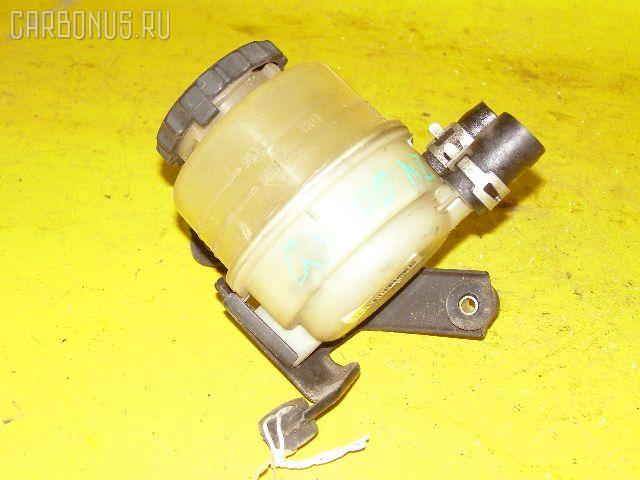Бачок гидроусилителя TOYOTA MARK II GX100 1G-FE Фото 1