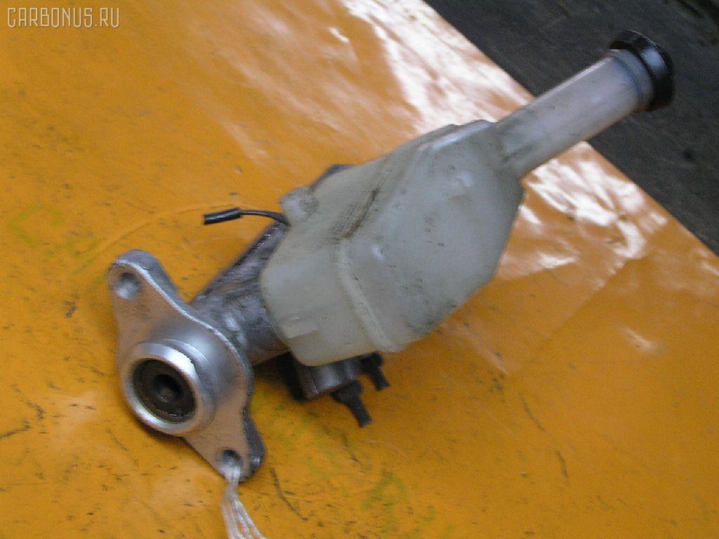 Главный тормозной цилиндр TOYOTA ESTIMA EMINA TCR10G 2TZ-FE. Фото 2