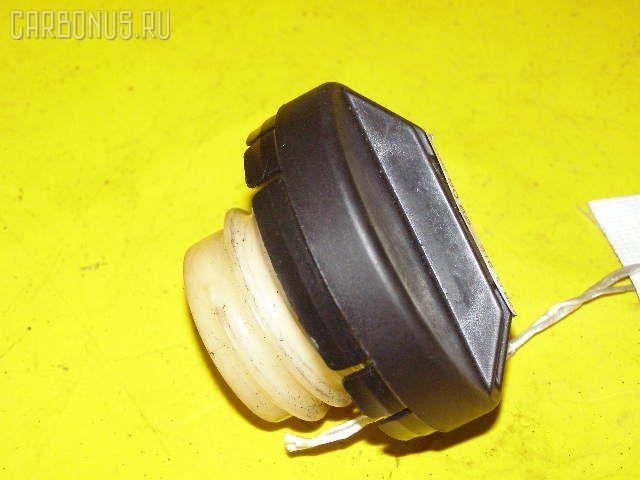 Крышка топливного бака TOYOTA Фото 1