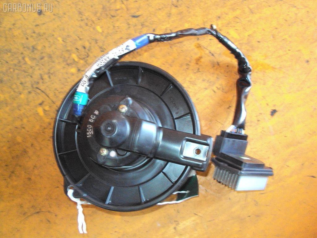 Мотор печки TOYOTA IPSUM ACM26W. Фото 4