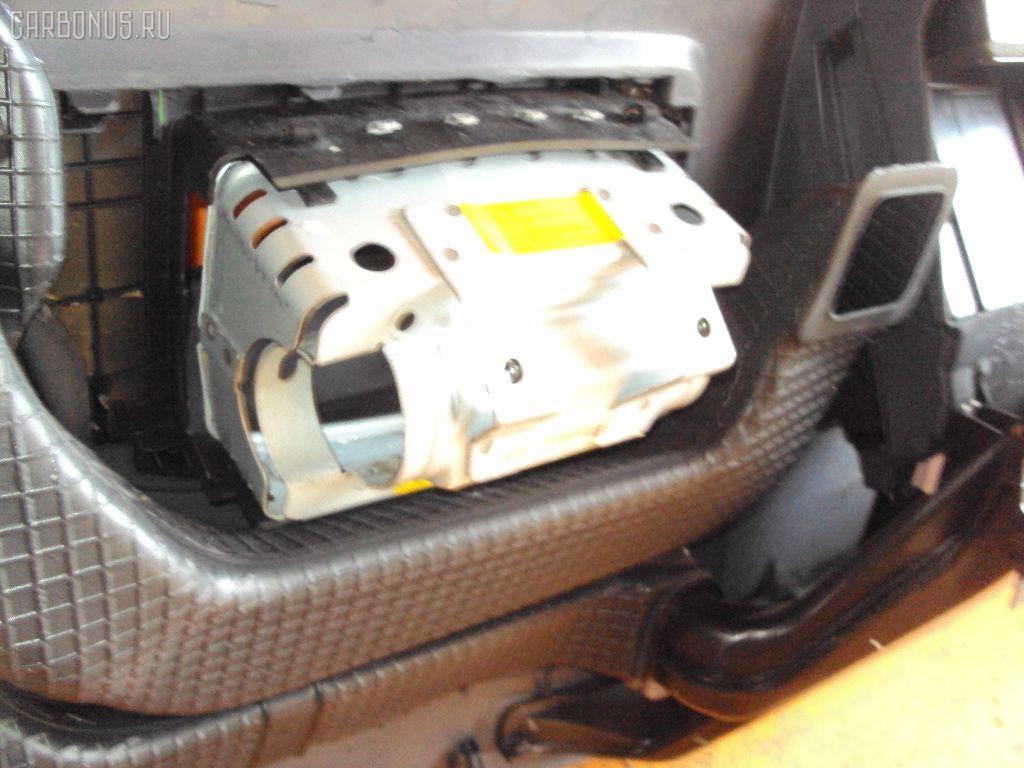 Панель приборов TOYOTA IPSUM ACM26W Фото 3