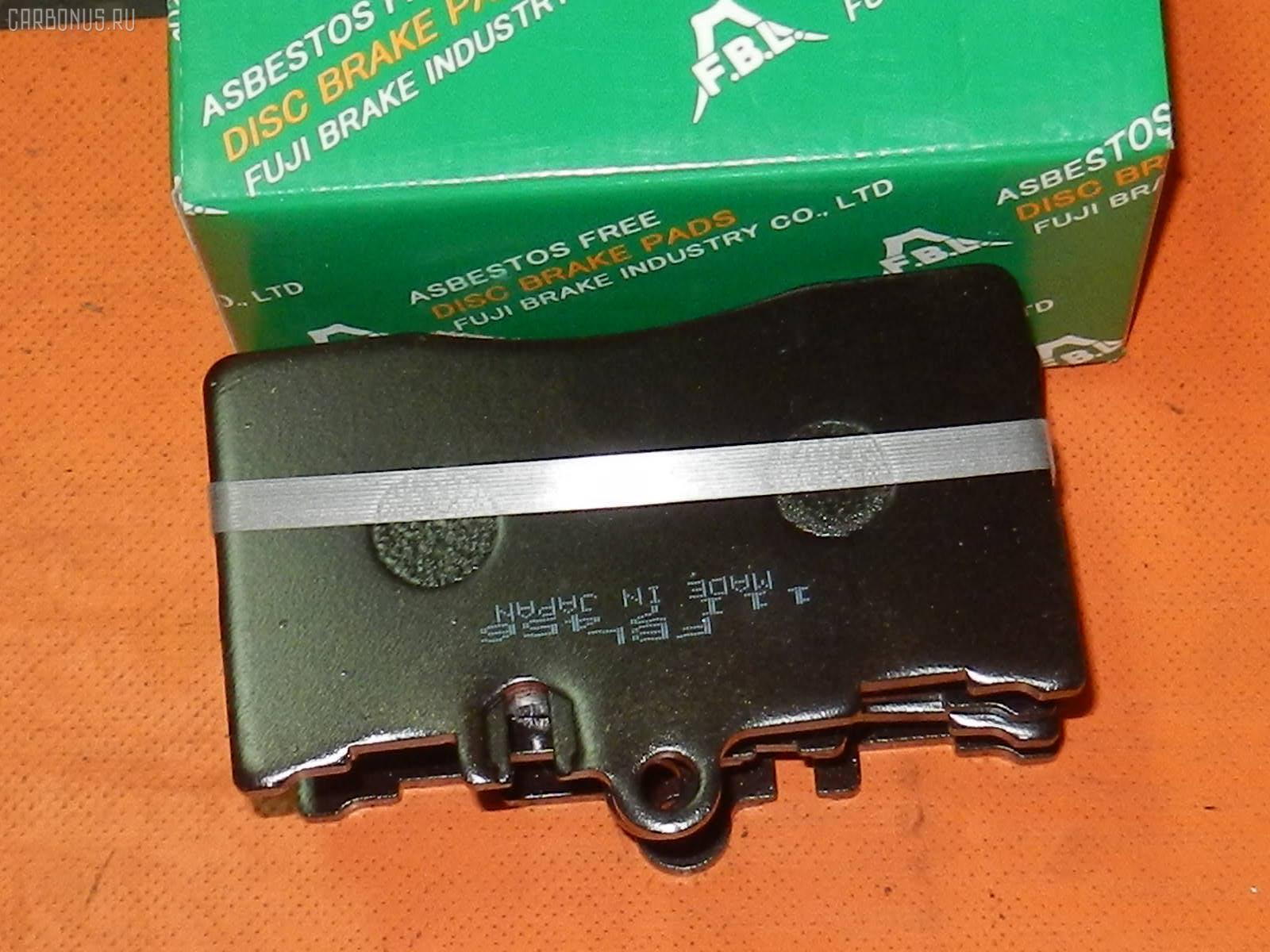 Тормозные колодки TOYOTA CELSIOR UCF30 3UZ-FE. Фото 1