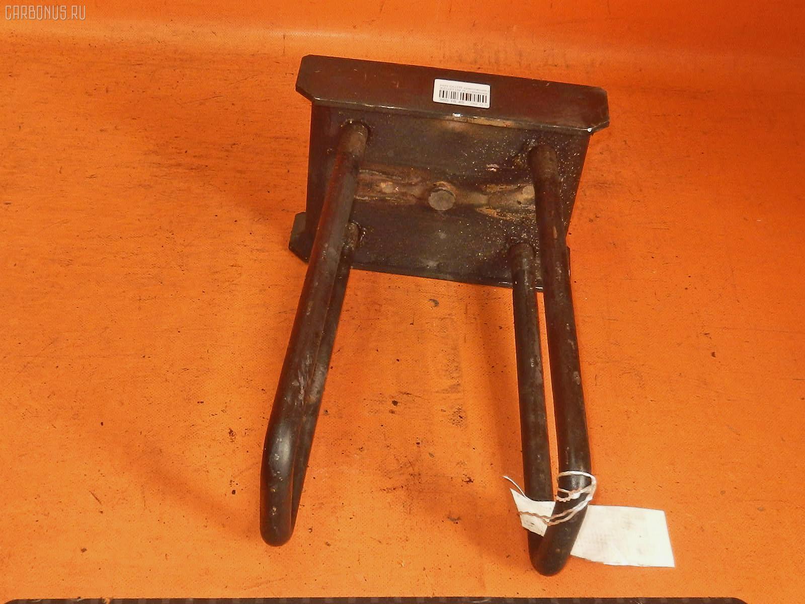 Крепление рессоры HINO DUTRO XZU411M Фото 1