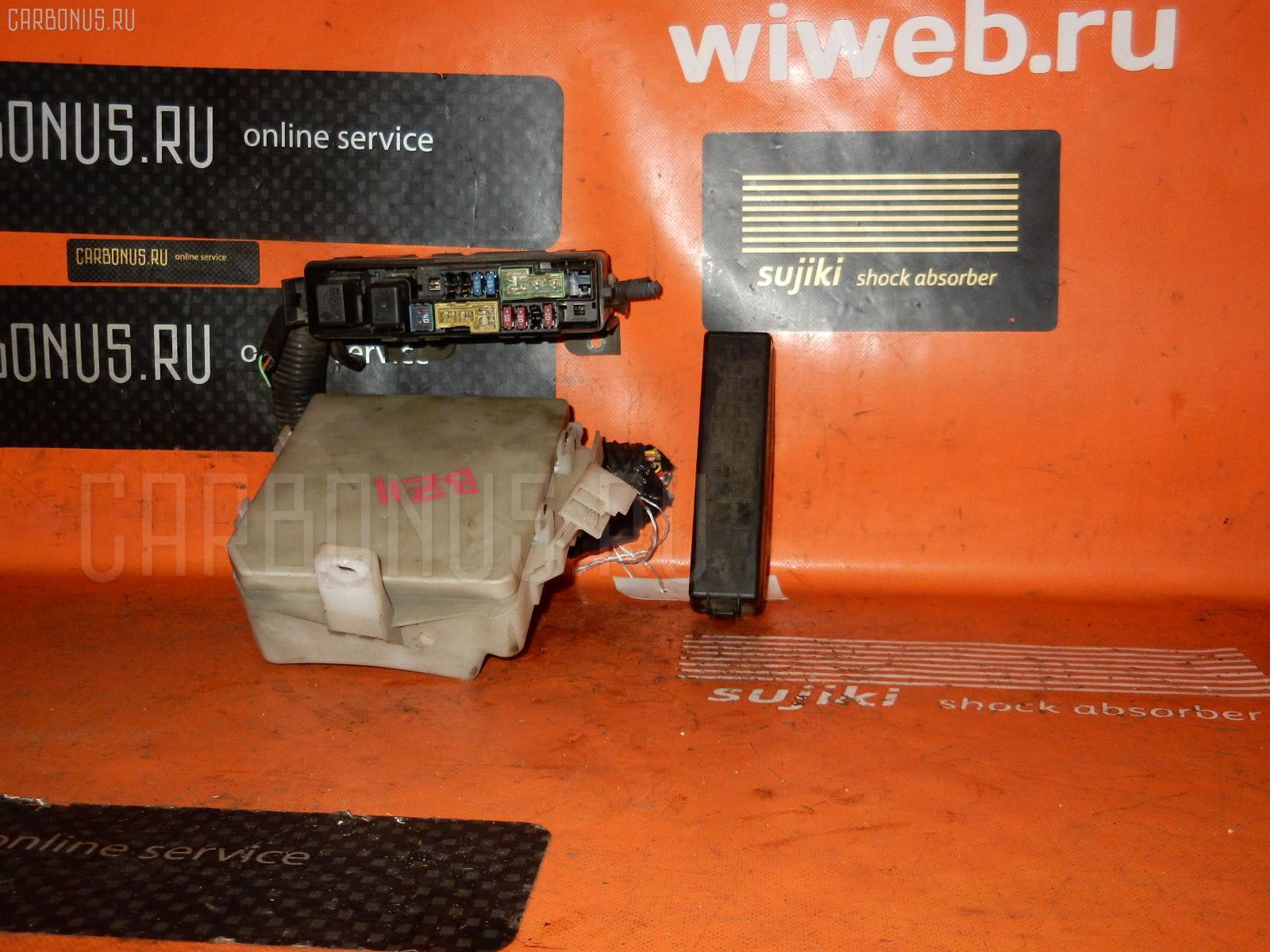 Блок предохранителей NISSAN CUBE BZ11 CR14DE. Фото 3