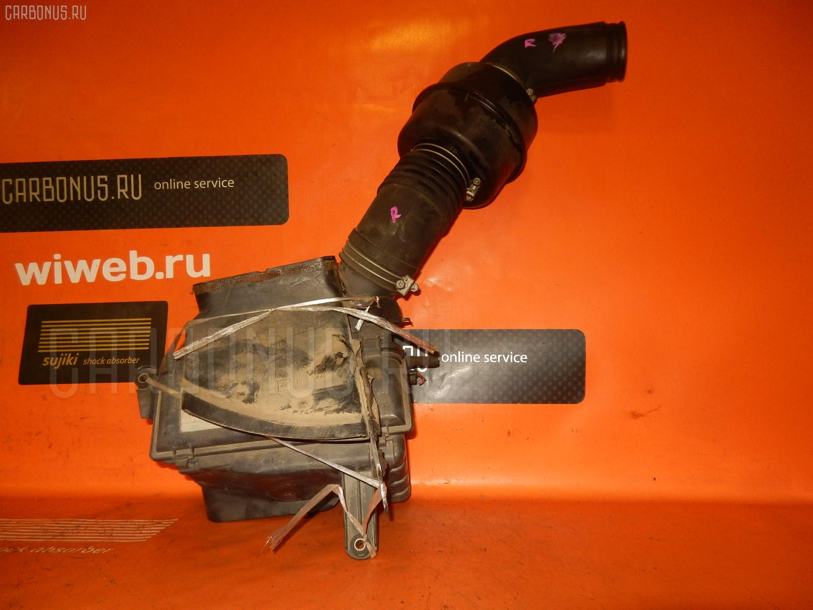 Корпус воздушного фильтра TOYOTA CRESTA GX90 1G-FE. Фото 8