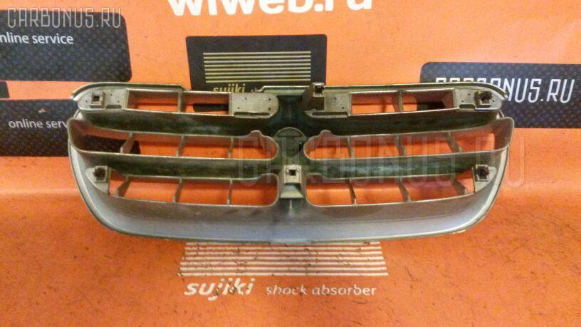 Решетка радиатора NISSAN LARGO NW30 Фото 1