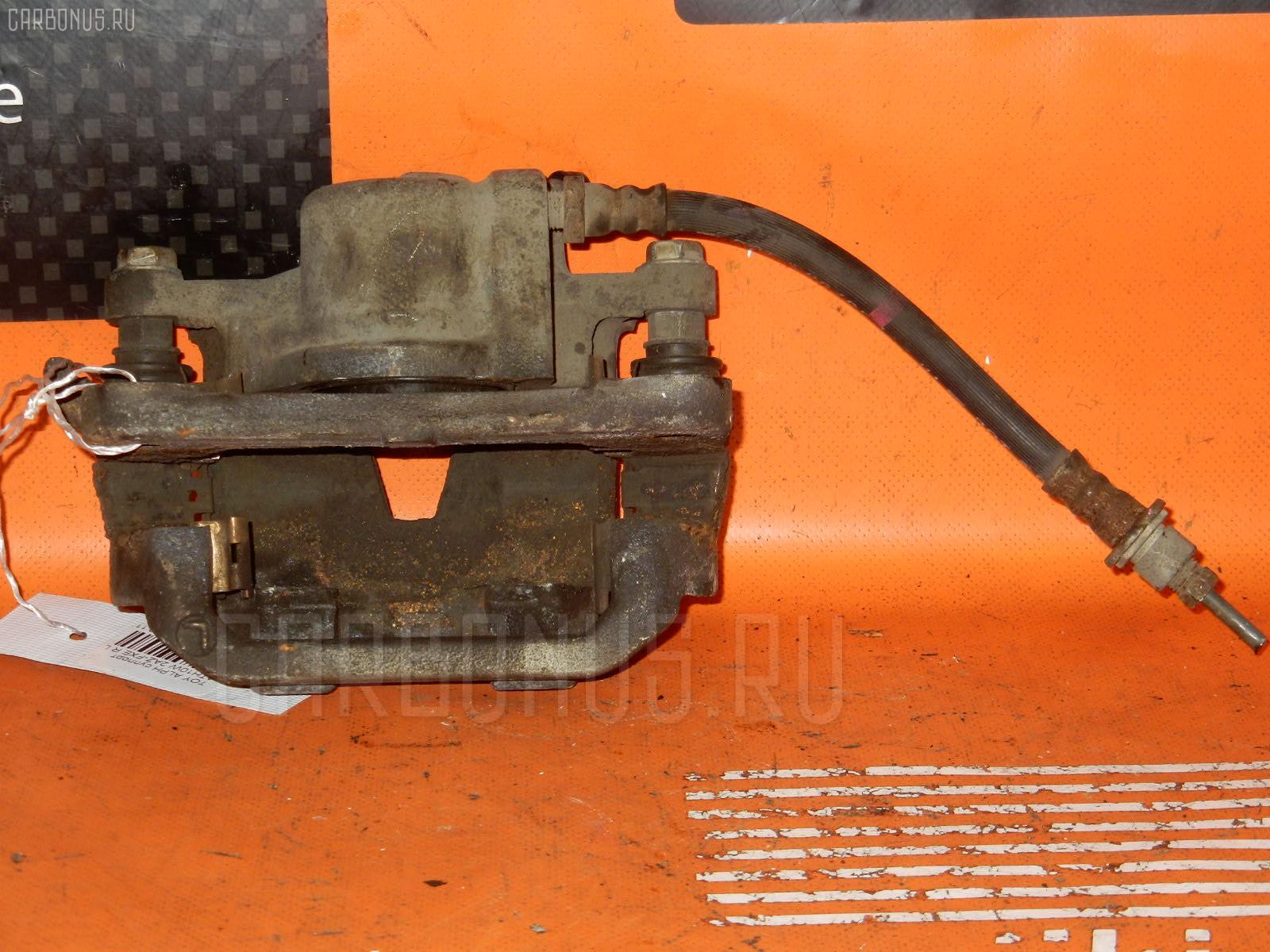 Суппорт TOYOTA ESTIMA ACR40W 2AZ-FE. Фото 1
