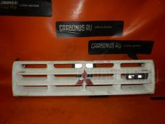 Решетка радиатора Mitsubishi Pajero V45W Фото 2