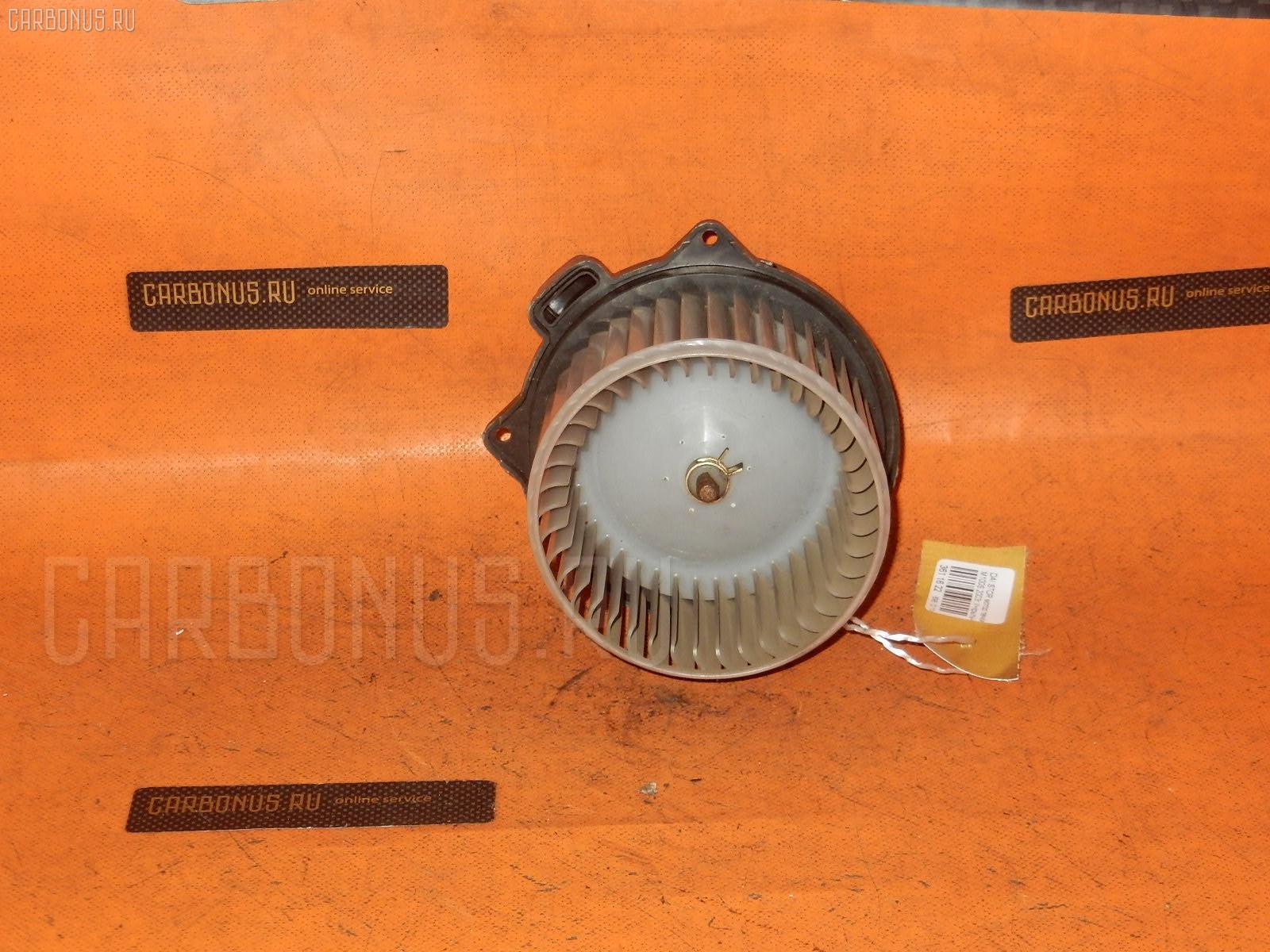 Мотор печки DAIHATSU STORIA M100S. Фото 2