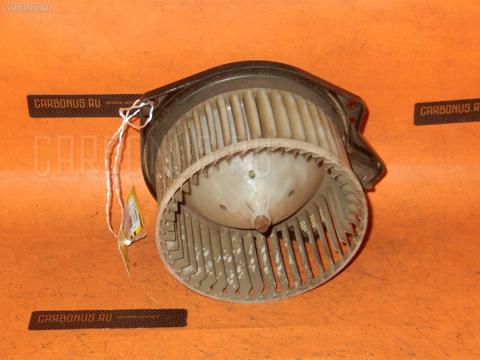 Мотор печки NISSAN PRESAGE U30. Фото 9