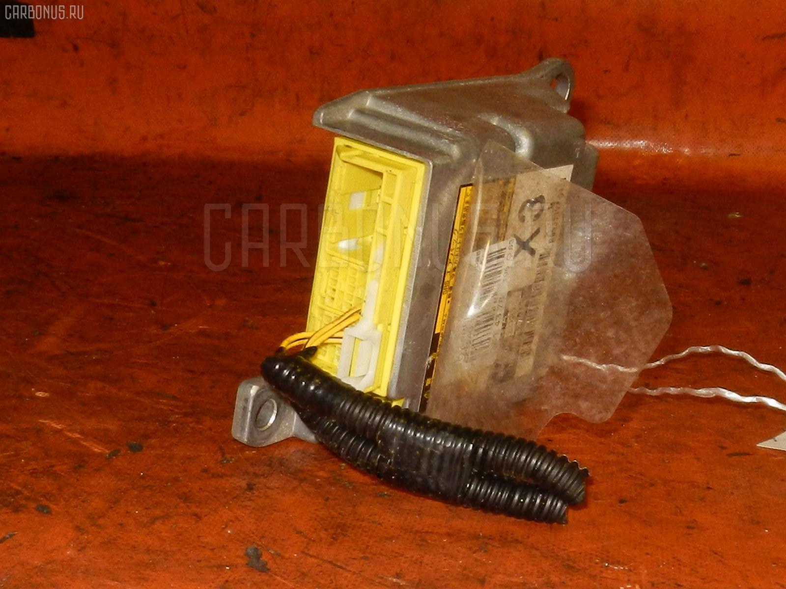 Блок управления air bag на Toyota Premio ZZT240 1ZZ-FE Фото 1