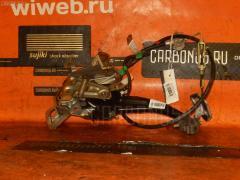 Тросик стояночного тормоза на Toyota Premio ZZT240 1ZZ-FE Фото 1