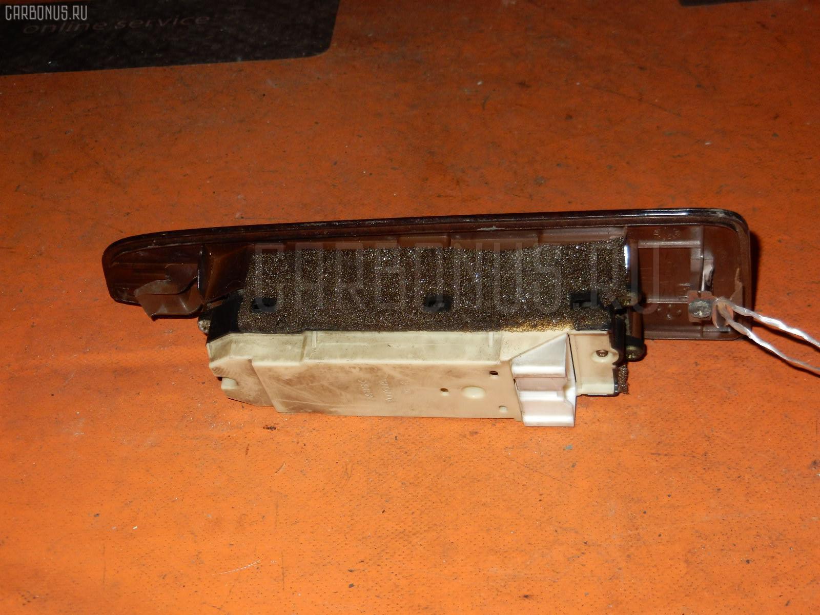 Блок упр-я стеклоподъемниками TOYOTA CHASER GX100. Фото 3