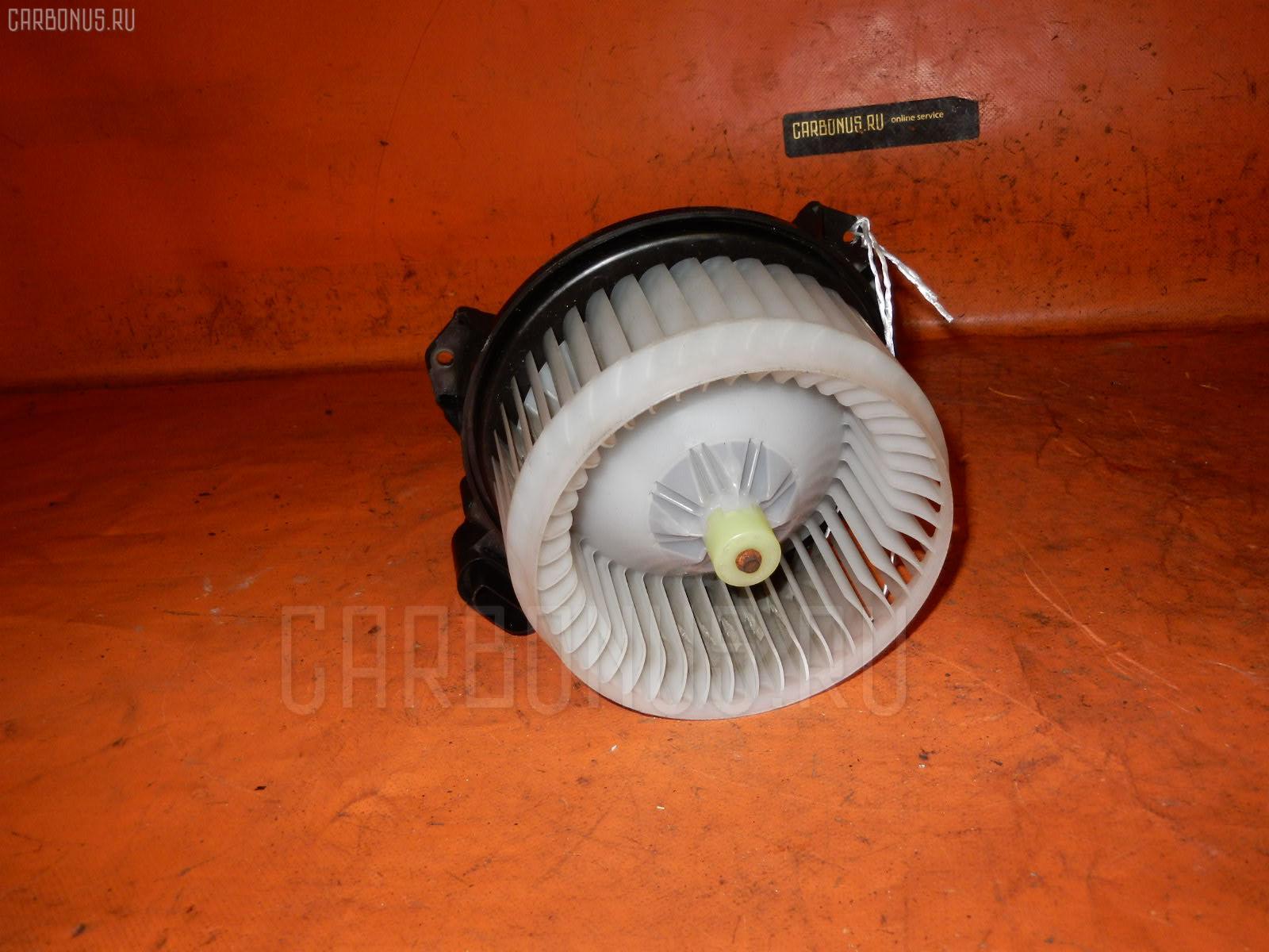 Мотор печки TOYOTA VITZ SCP90. Фото 9