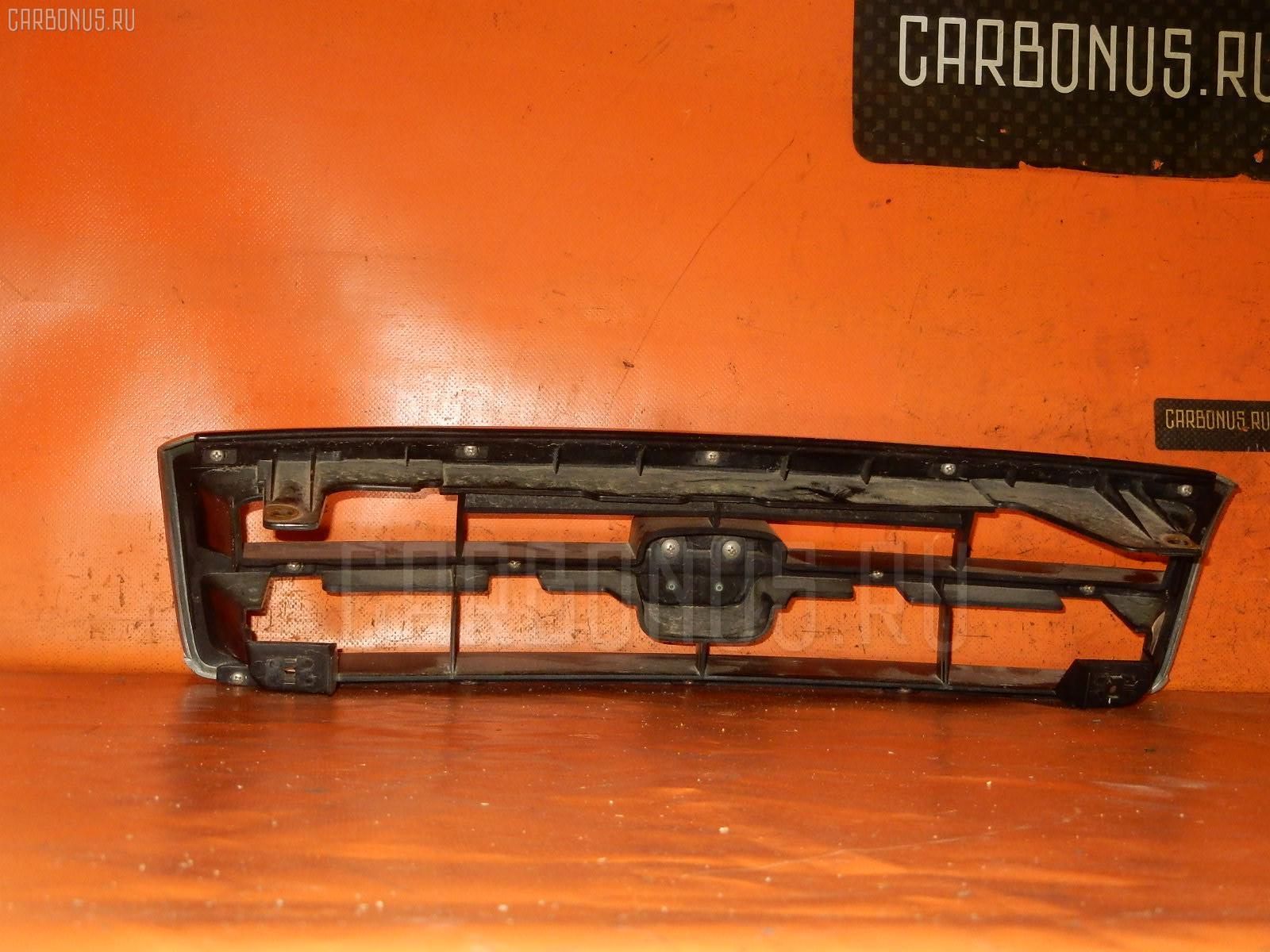 Решетка радиатора HONDA INSPIRE CC2 Фото 1