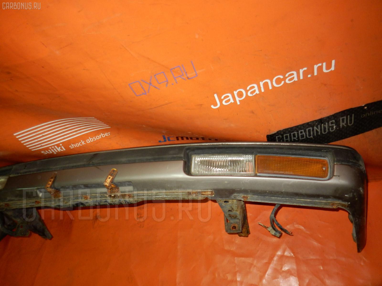 Бампер TOYOTA MARK II WAGON GX70G Фото 4