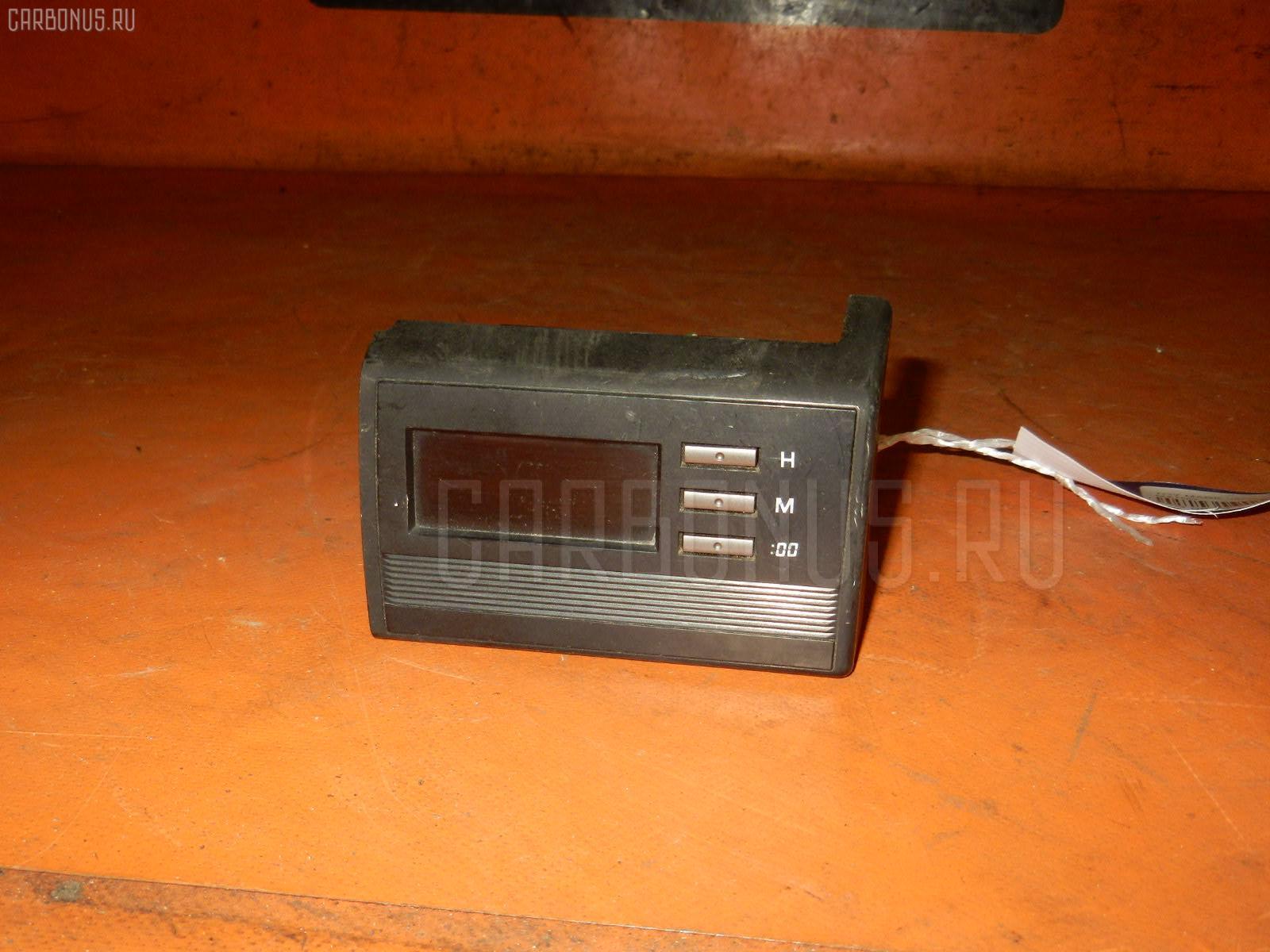 Часы TOYOTA MARK II WAGON GX70G Фото 2