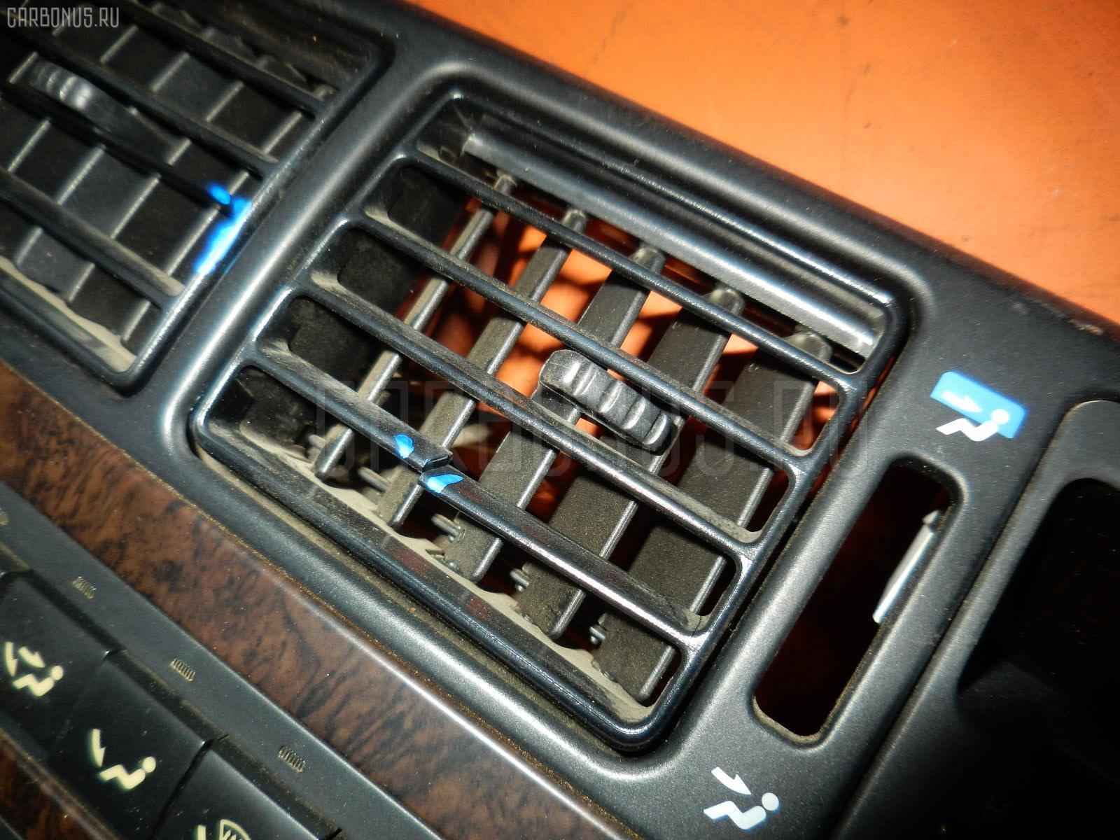 Консоль магнитофона TOYOTA CHASER GX90. Фото 7
