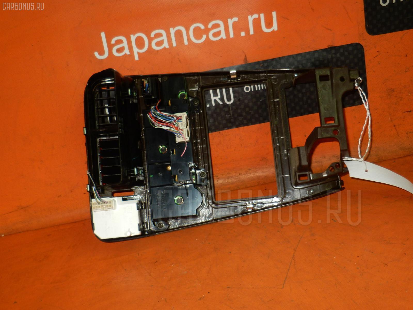 Консоль магнитофона TOYOTA CHASER GX90. Фото 8