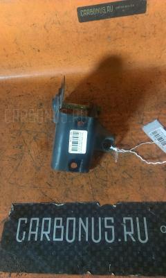 Крепление подушки ДВС Toyota Opa ZCT10 1ZZ-FE Фото 3