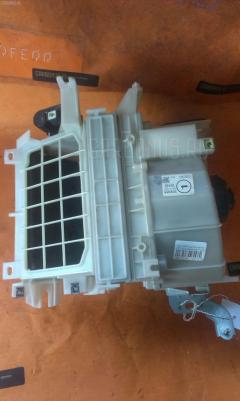 Мотор печки TOYOTA OPA ZCT10 Фото 5