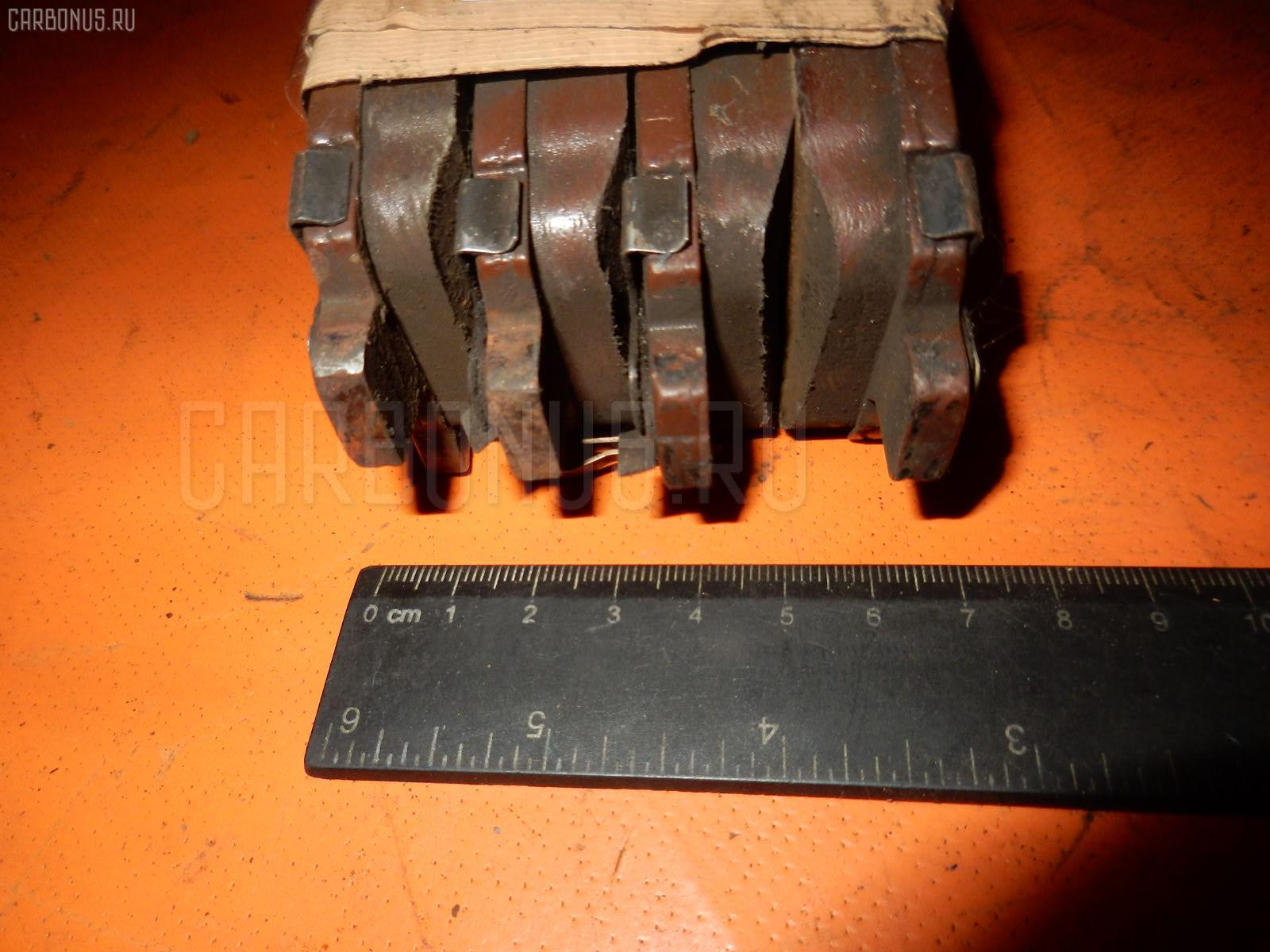 Тормозные колодки TOYOTA FUNCARGO NCP25 1NZ-FE. Фото 4