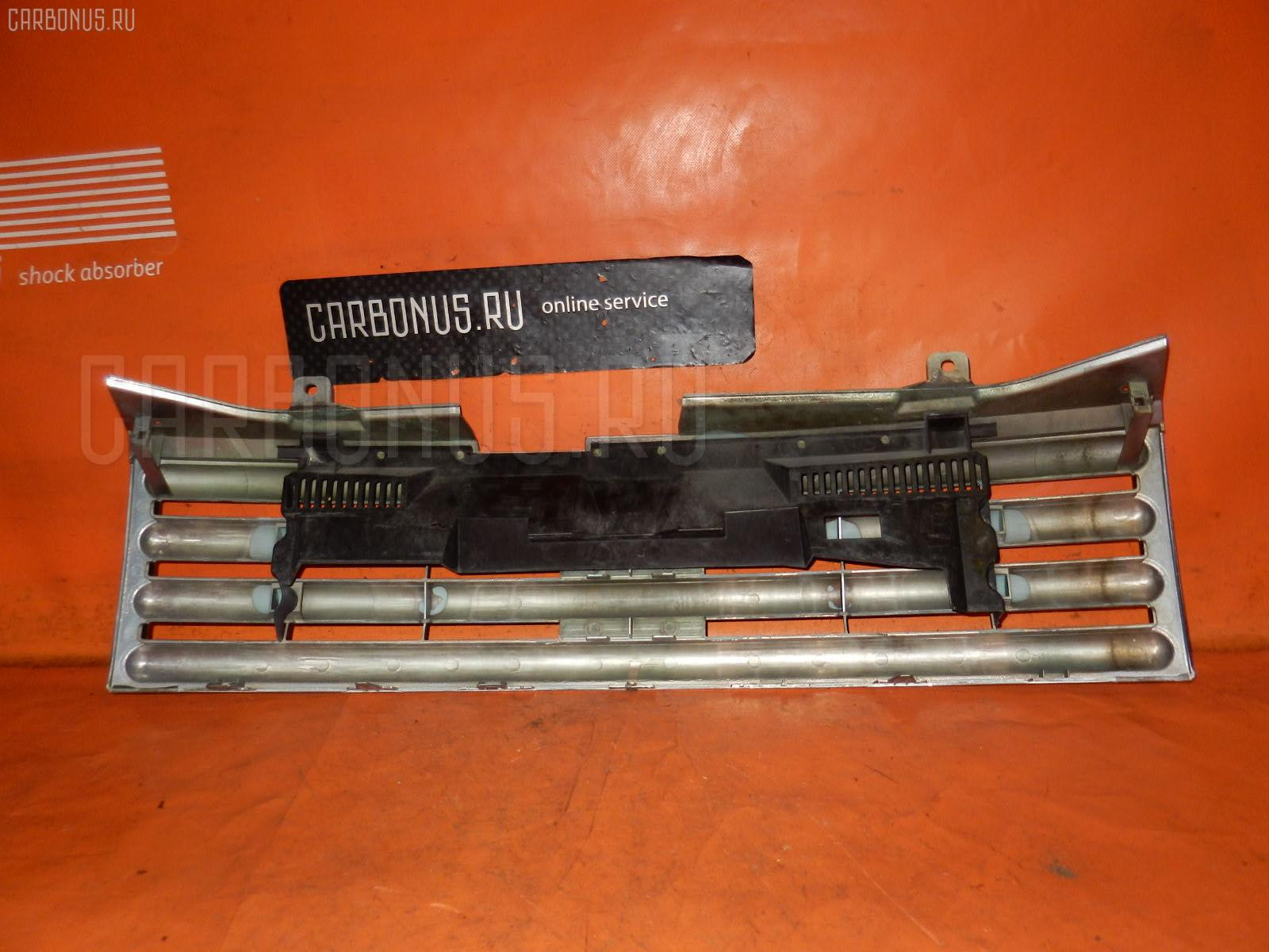 Решетка радиатора NISSAN CUBE BZ11 Фото 1