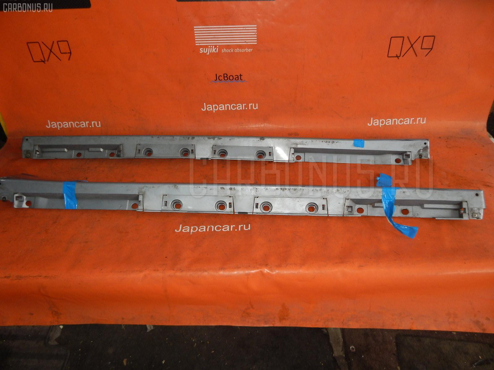 Порог кузова пластиковый ( обвес ) TOYOTA PRIUS ZVW35 Фото 1