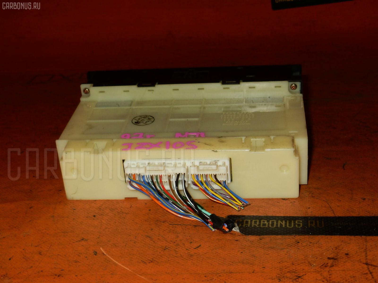 Блок управления климатконтроля TOYOTA MARK II JZX105 1JZ-GE. Фото 4
