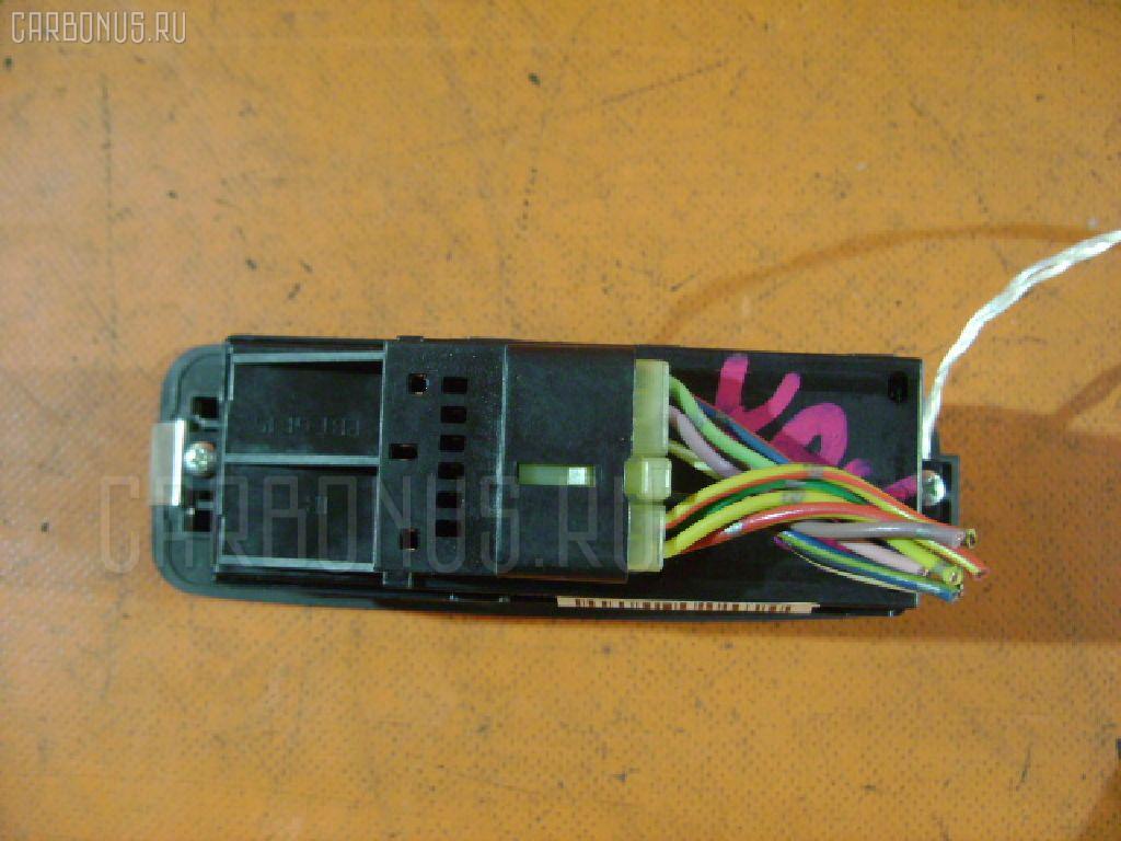 Блок упр-я стеклоподъемниками DAIHATSU YRV M201G. Фото 10