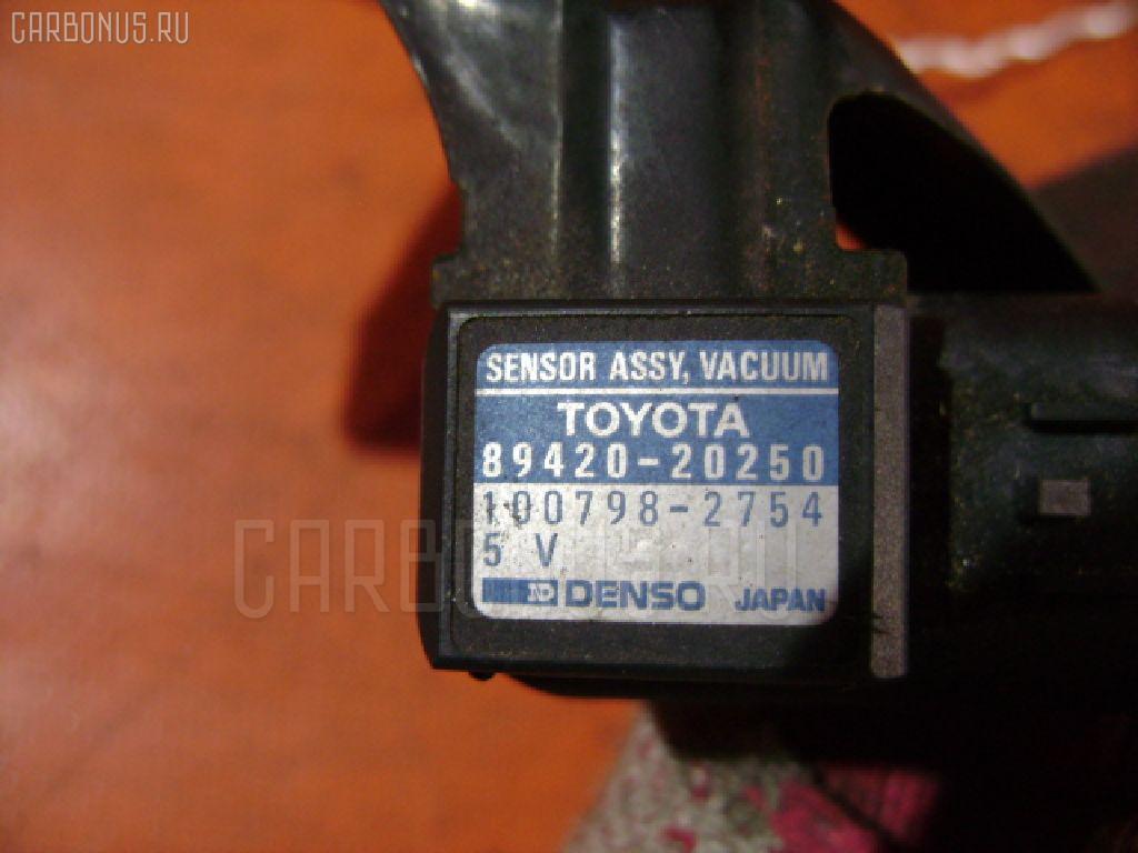Клапан-вакуумник TOYOTA CORONA PREMIO ST215 3S-FE Фото 2