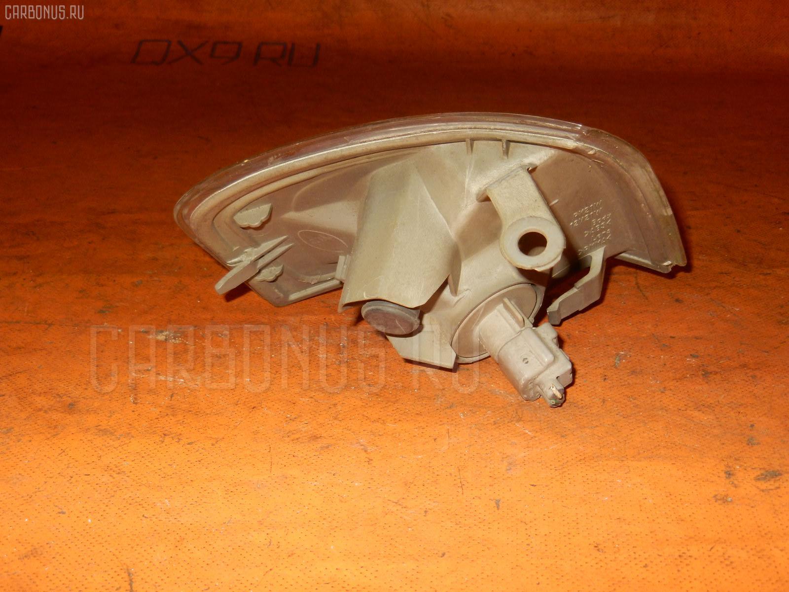 Поворотник к фаре TOYOTA SPRINTER CARIB AE115G. Фото 3