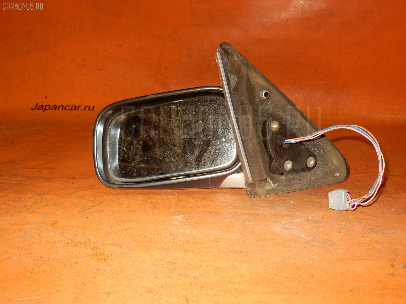 Зеркало двери боковой NISSAN BLUEBIRD HU14 Фото 2
