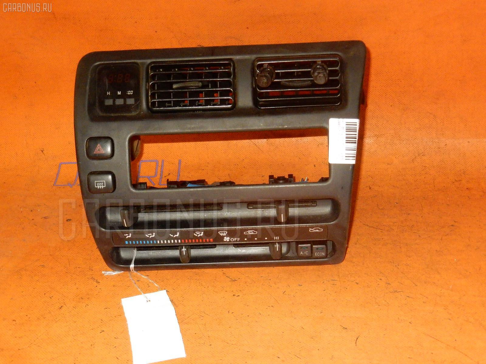 Блок управления климатконтроля TOYOTA SPRINTER AE100 5A-FE. Фото 2