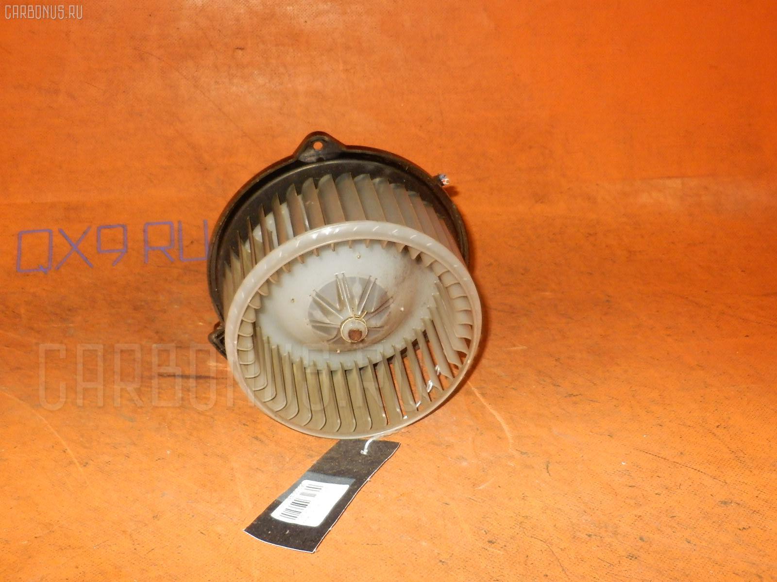 Мотор печки TOYOTA VISTA AZV50 Фото 2