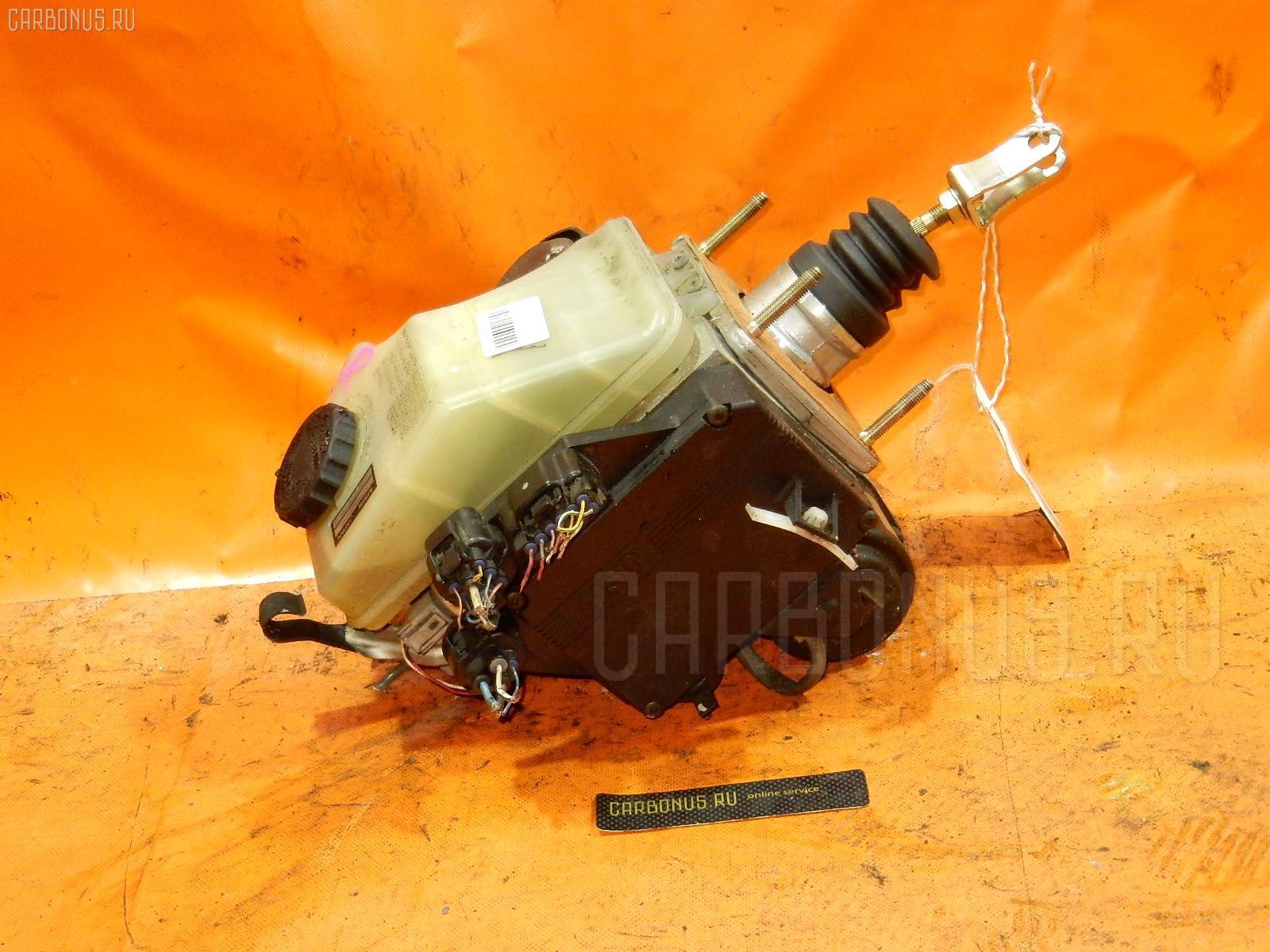 Главный тормозной цилиндр TOYOTA CROWN MAJESTA UZS171 1UZ-FE Фото 1