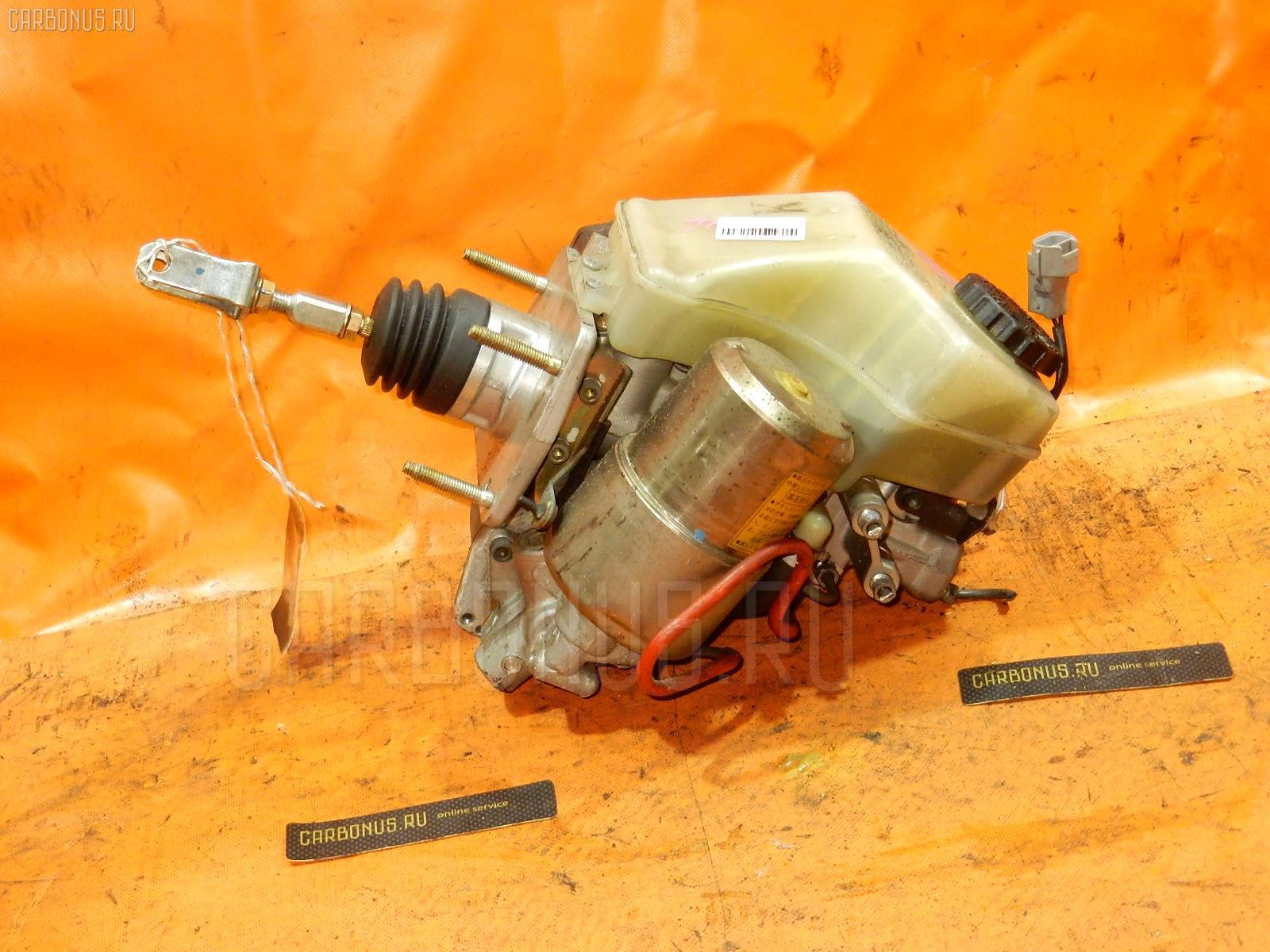 Главный тормозной цилиндр TOYOTA PROGRES JCG11 2JZ-GE. Фото 1