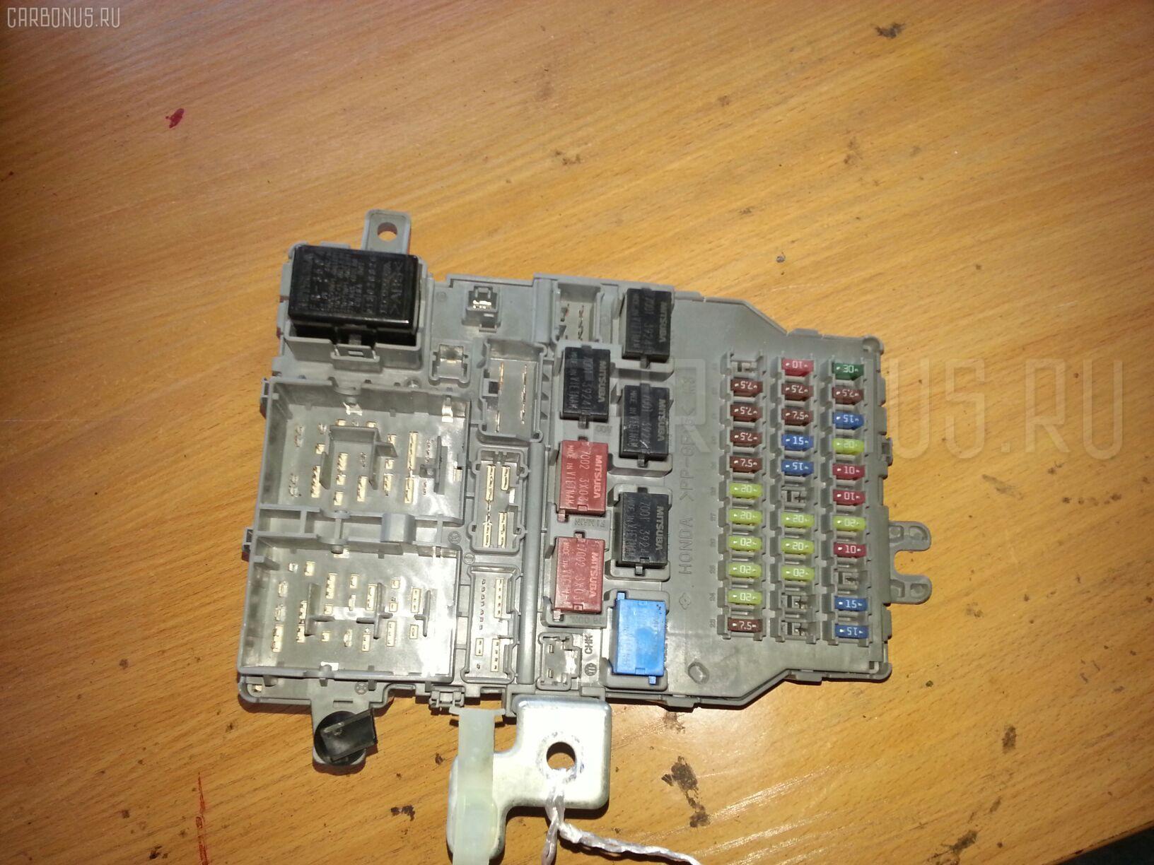 Блок предохранителей Honda Accord CL7 K20A Фото 1